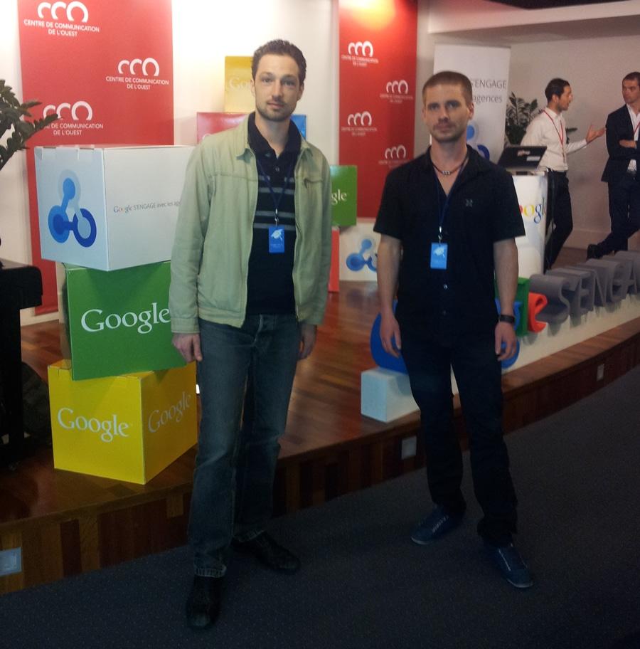 les geeks d'ARTGO média en formation Google Adwords